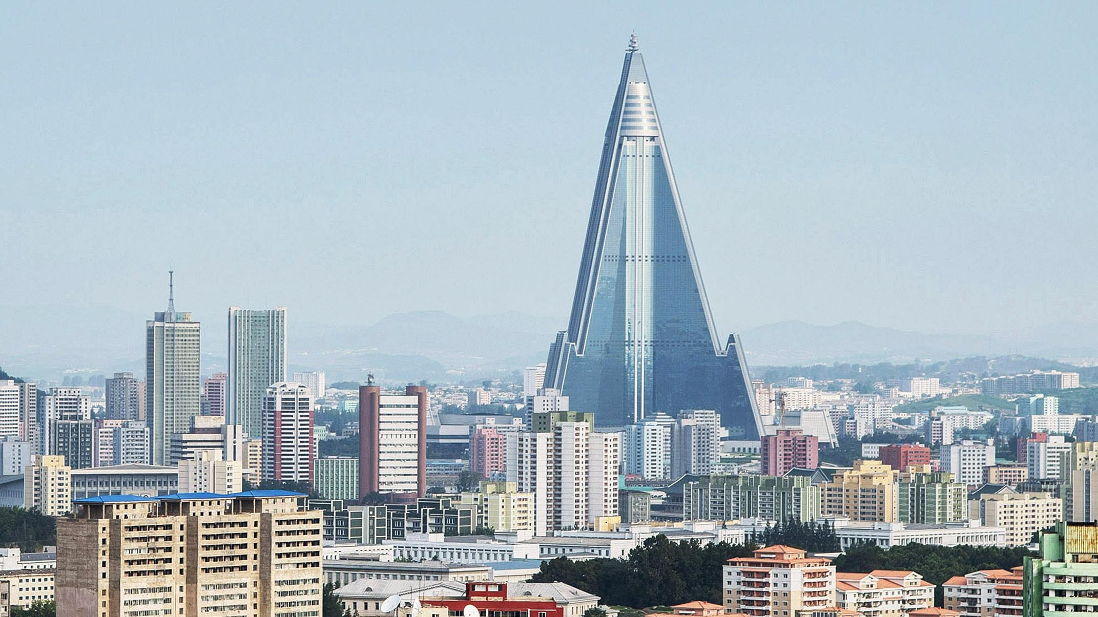 Hotel Ryugyong en la ciudad de Pyongyang