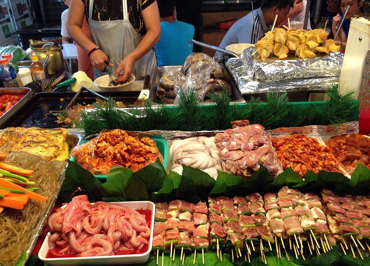 comida-en-el-mercado-de-namdaemun en seul